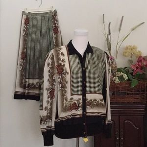 Blousy jacket and skirt size 12